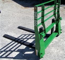 New Dirt Dog SPF HD Pallet Fork for JD Quick Attach